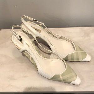 Burberry low pump. Size 37